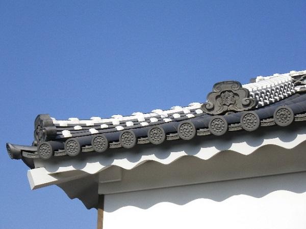 城かべ屋根しっくい